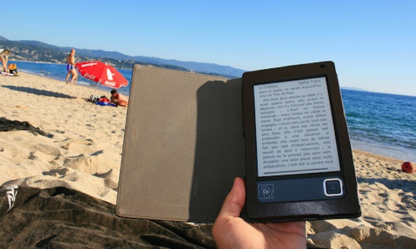 ereader on beach
