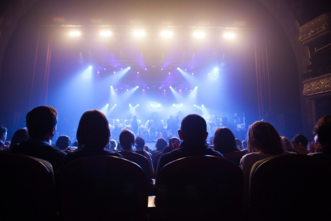 Audience-watching-musical-theater-in-Destin